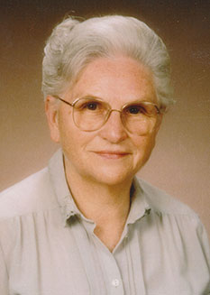 Ingeborg Liebl Haas, die gute Seele der Engel Apotheke in Triftern
